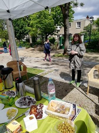 Vernissage de l'exposition en plein air d'Ateliers Est pour le Printemps des cités-jardins